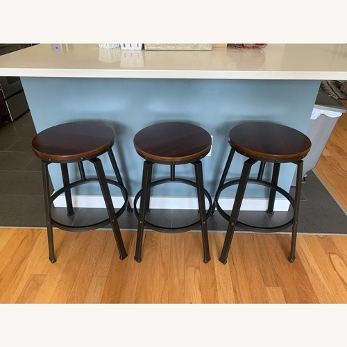 Used Target Lewiston Swivel Barstool, Adjustable for sale on AptDeco