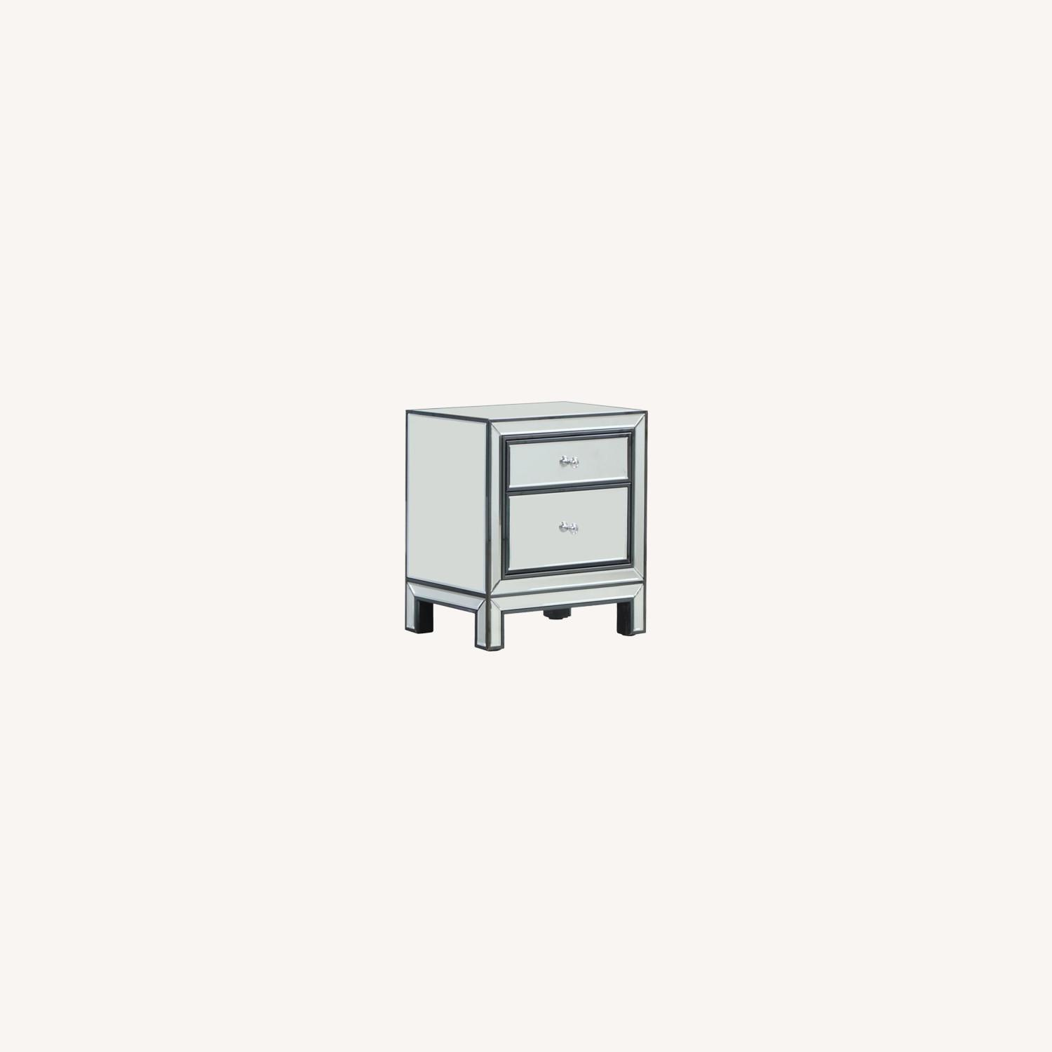End Table W/ Mirrored Drawers In Silver Finish - image-3
