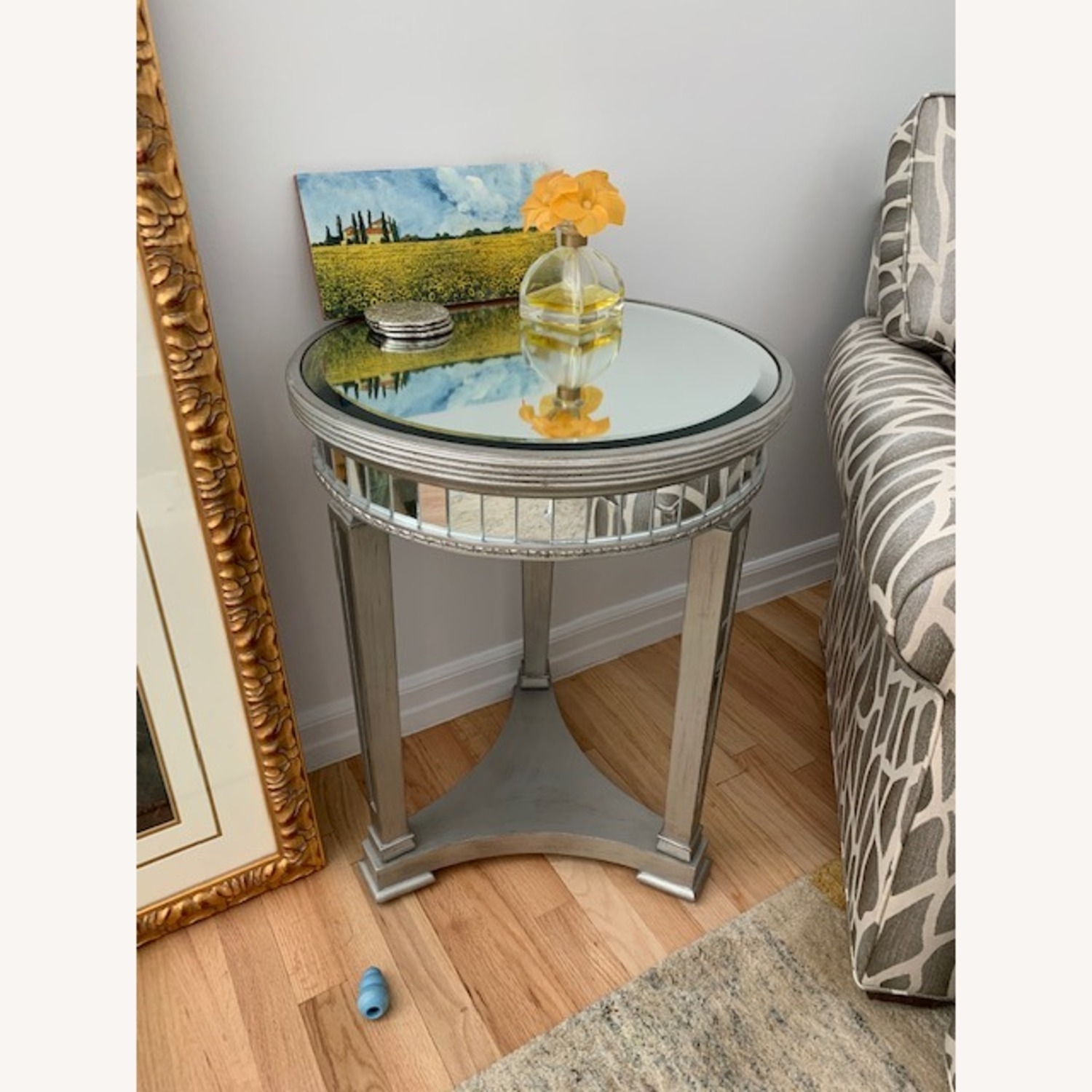 Mirrored Side Table - image-4