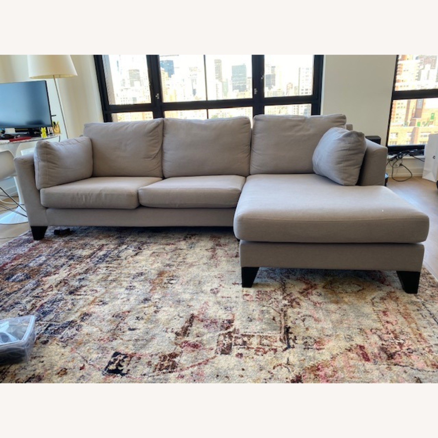 One Deko London Chaise Sectional - image-1