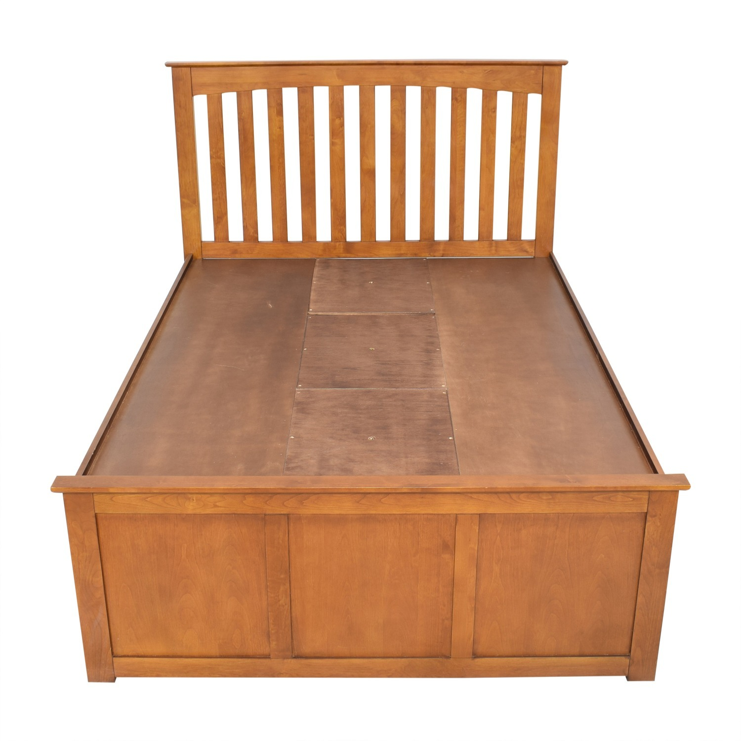 Raymour & Flanigan King Size Bed - image-3