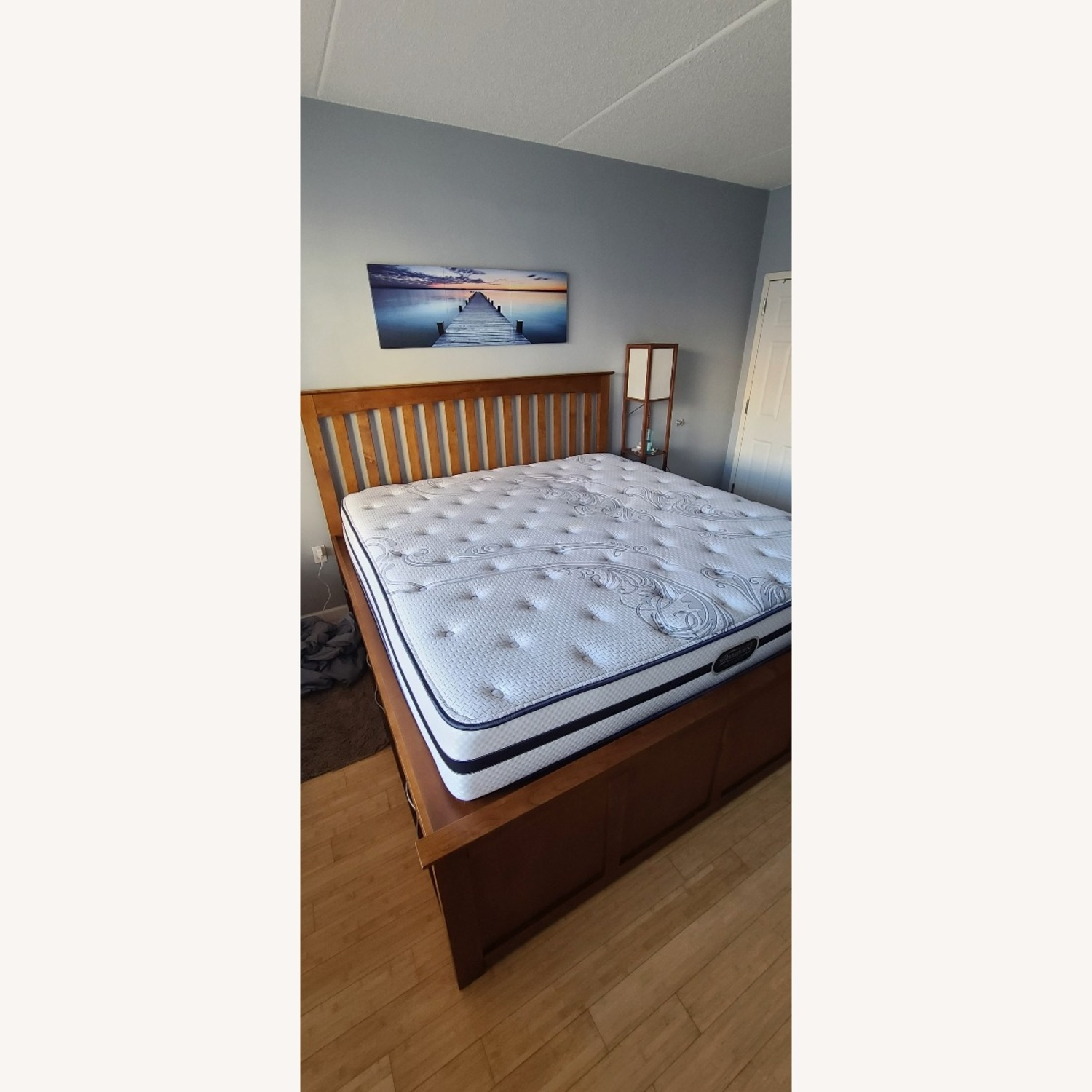 Raymour & Flanigan King Size Bed - image-4