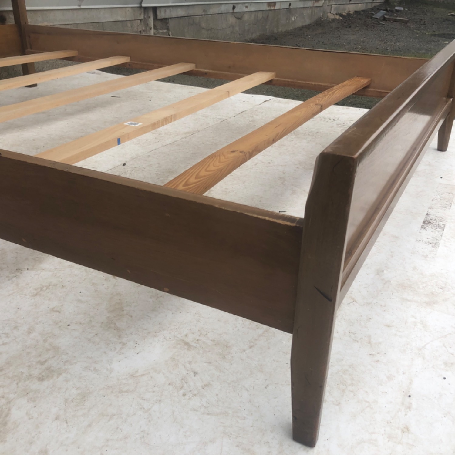 Mid-Century Modern Full Size Bed - image-16