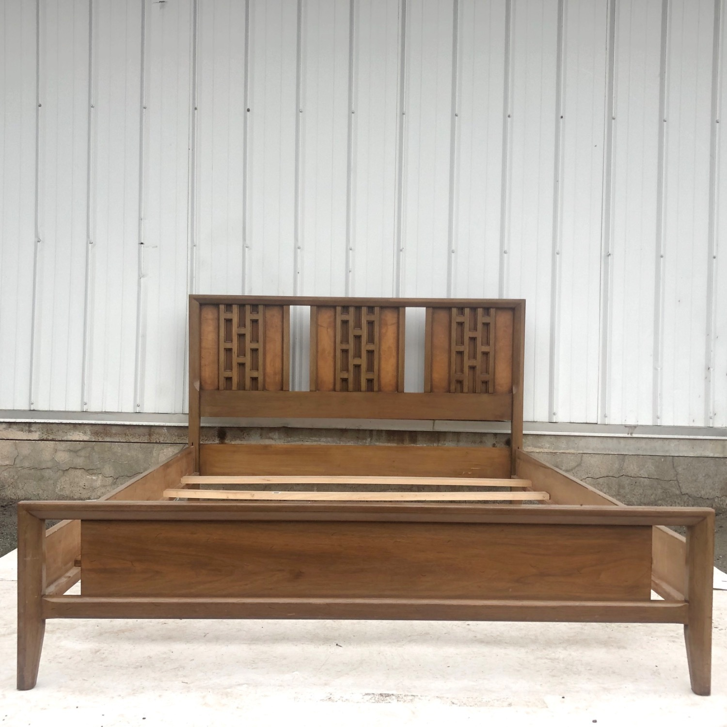 Mid-Century Modern Full Size Bed - image-1