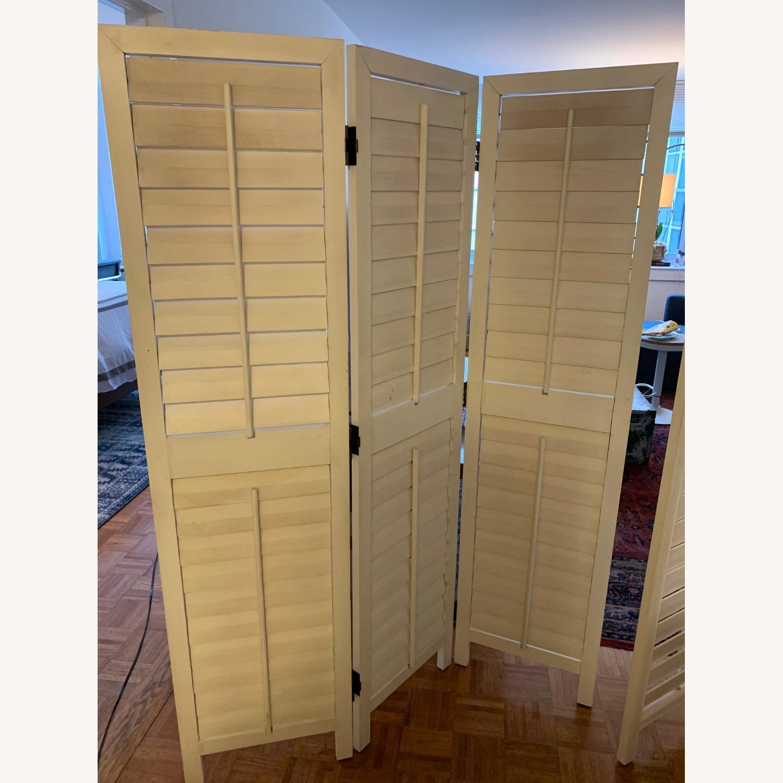 Wayborn Furniture Venetian Room Divider - image-2