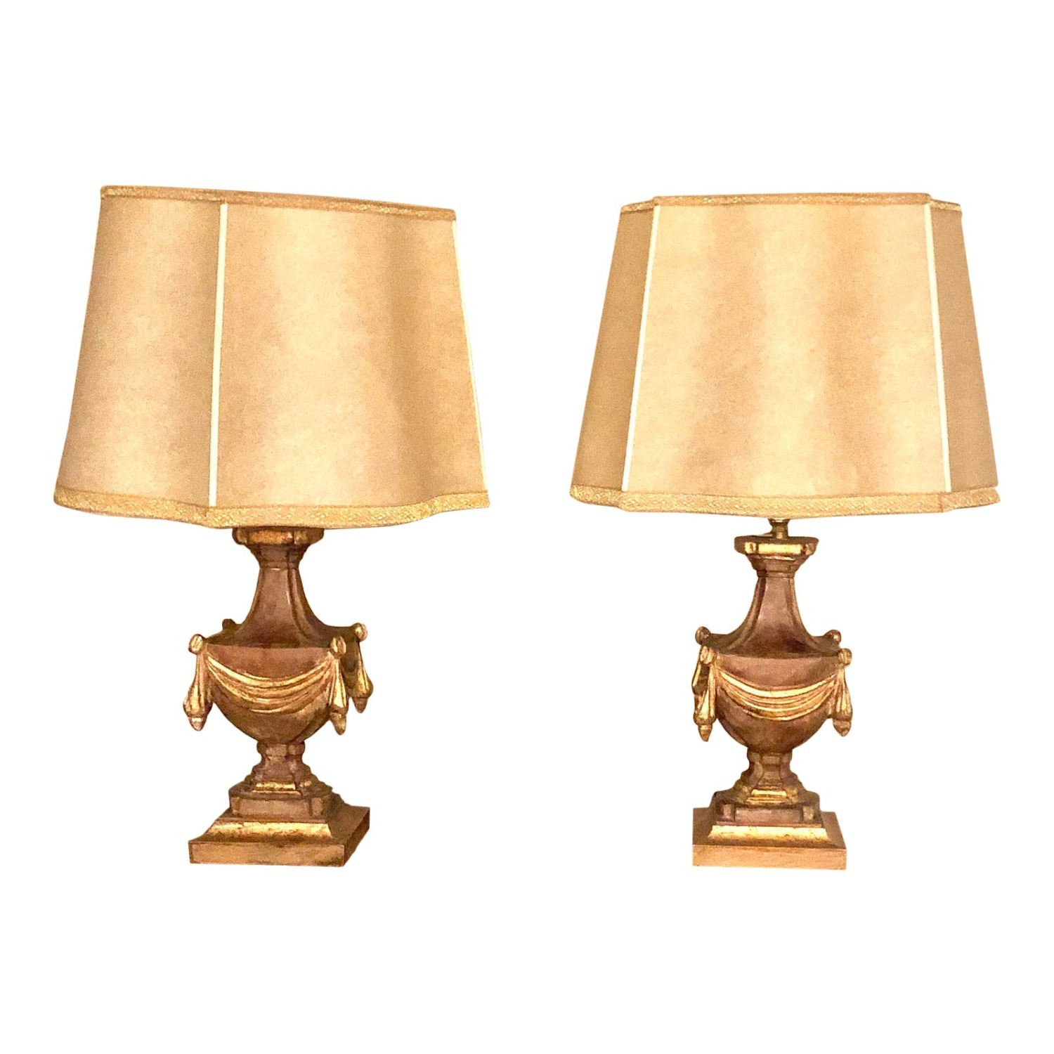 Pair of Traditional Gilt Lamps With Silk Shades - image-2