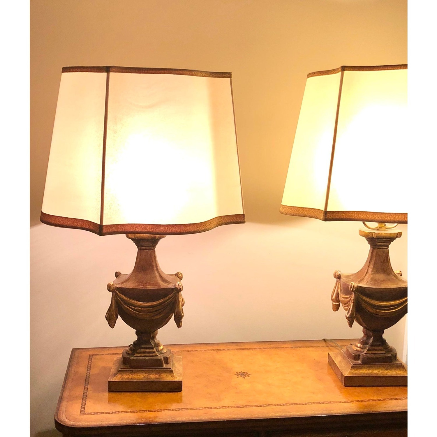 Pair of Traditional Gilt Lamps With Silk Shades - image-5