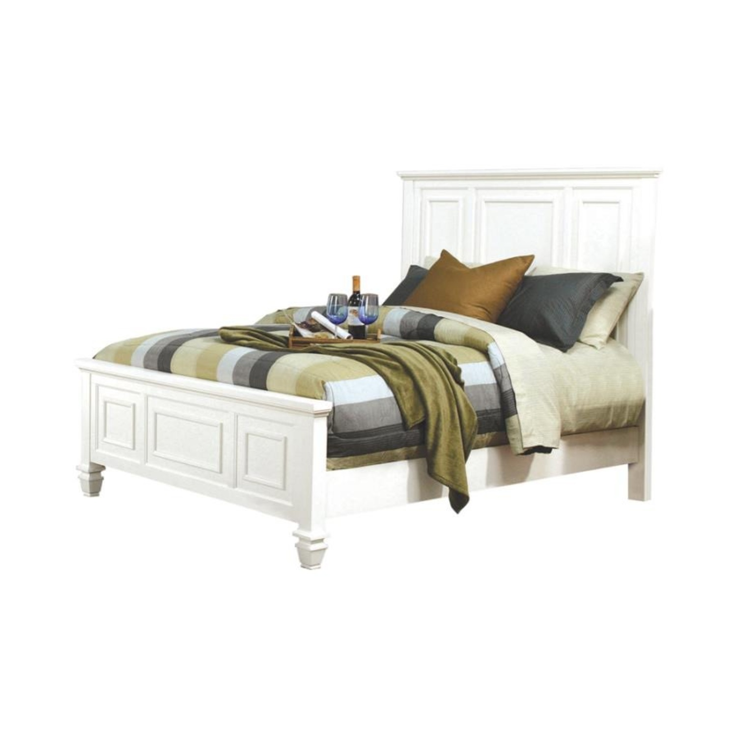 Cottage-Style Queen Bed In White Finish - image-0