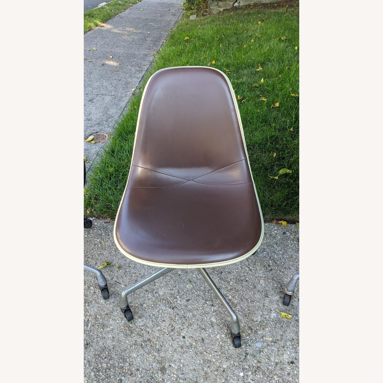 Herman Miller Vinyl Swivel Chair Set - image-16