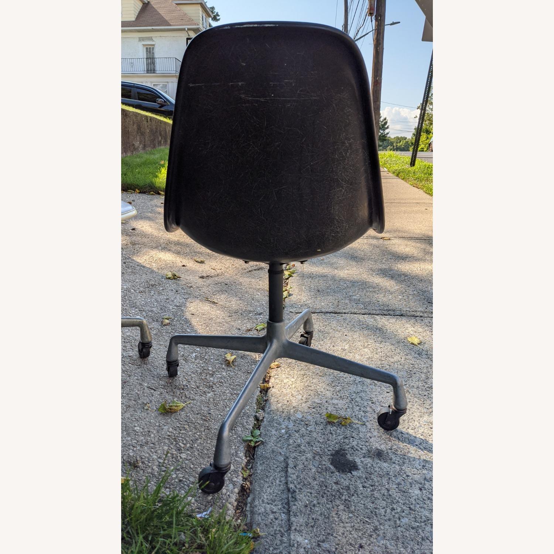 Herman Miller Vinyl Swivel Chair Set - image-14