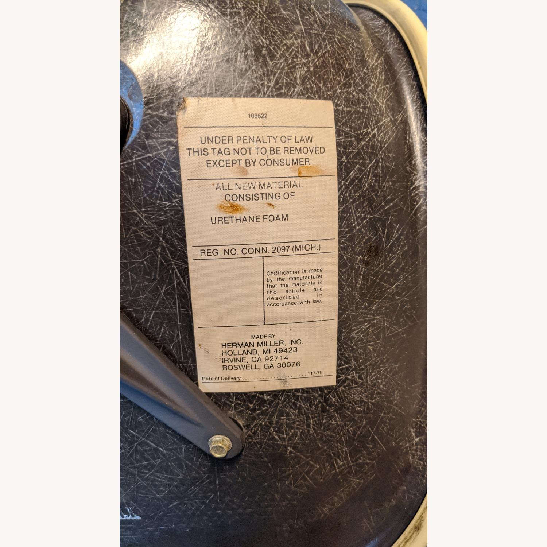 Herman Miller Vinyl Swivel Chair Set - image-9