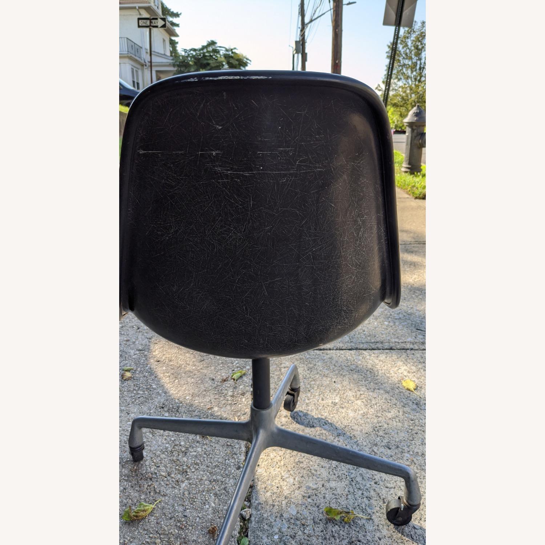 Herman Miller Vinyl Swivel Chair Set - image-10