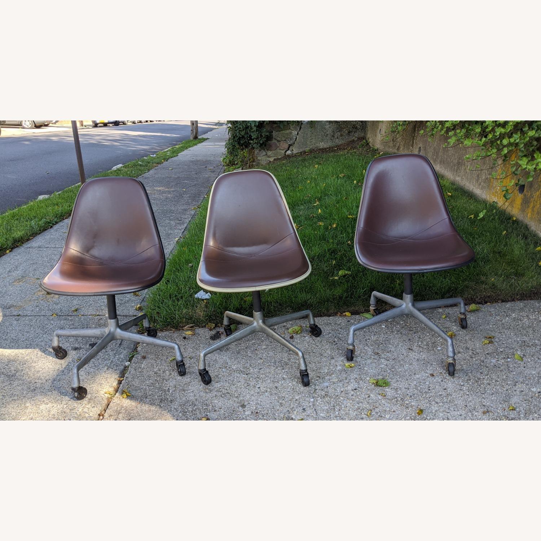 Herman Miller Vinyl Swivel Chair Set - image-2