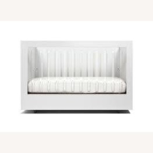Used Spot On Square Roh Crib Two Sided Acrylic and White for sale on AptDeco