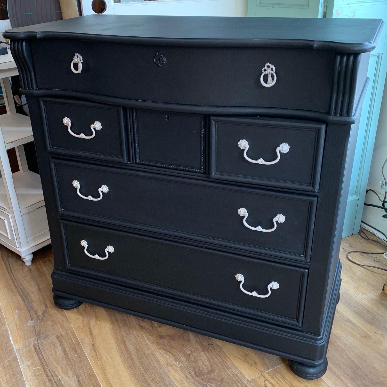 Vintage Traditional Painted Highboy Dresser - image-5