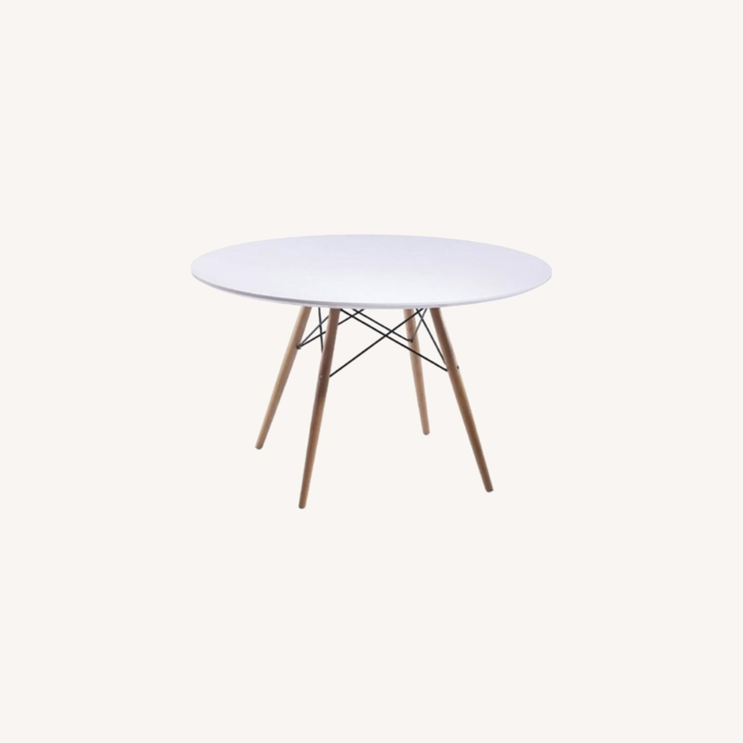 """48"""" Dining Table In White W/ Fiberglass Top - image-6"""