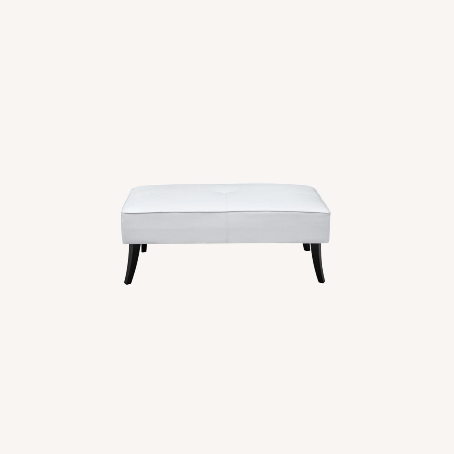 Bench In White Bonded Leather W/ Wood Frame - image-5