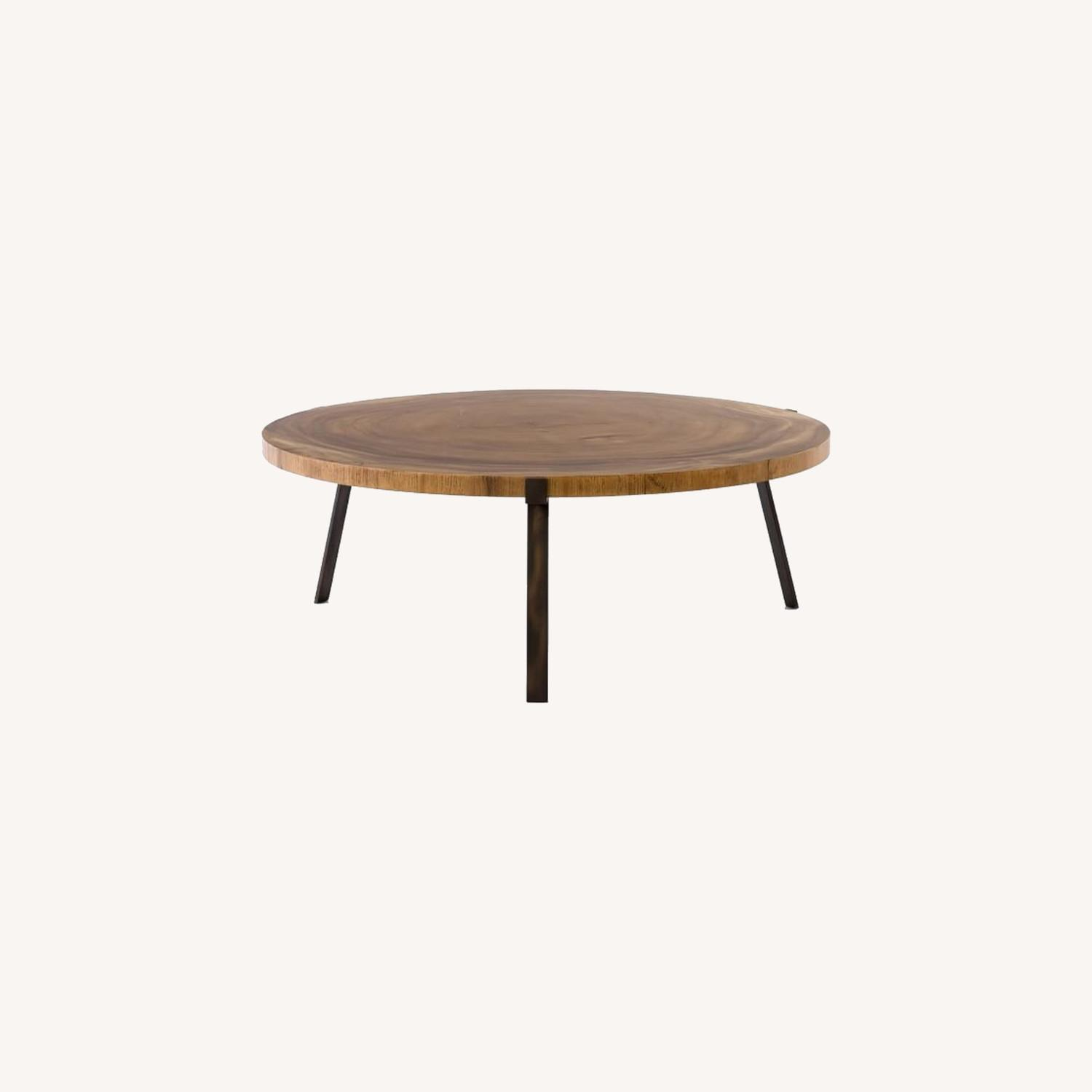 Picture of: West Elm Natural Wood Round Coffee Table Aptdeco
