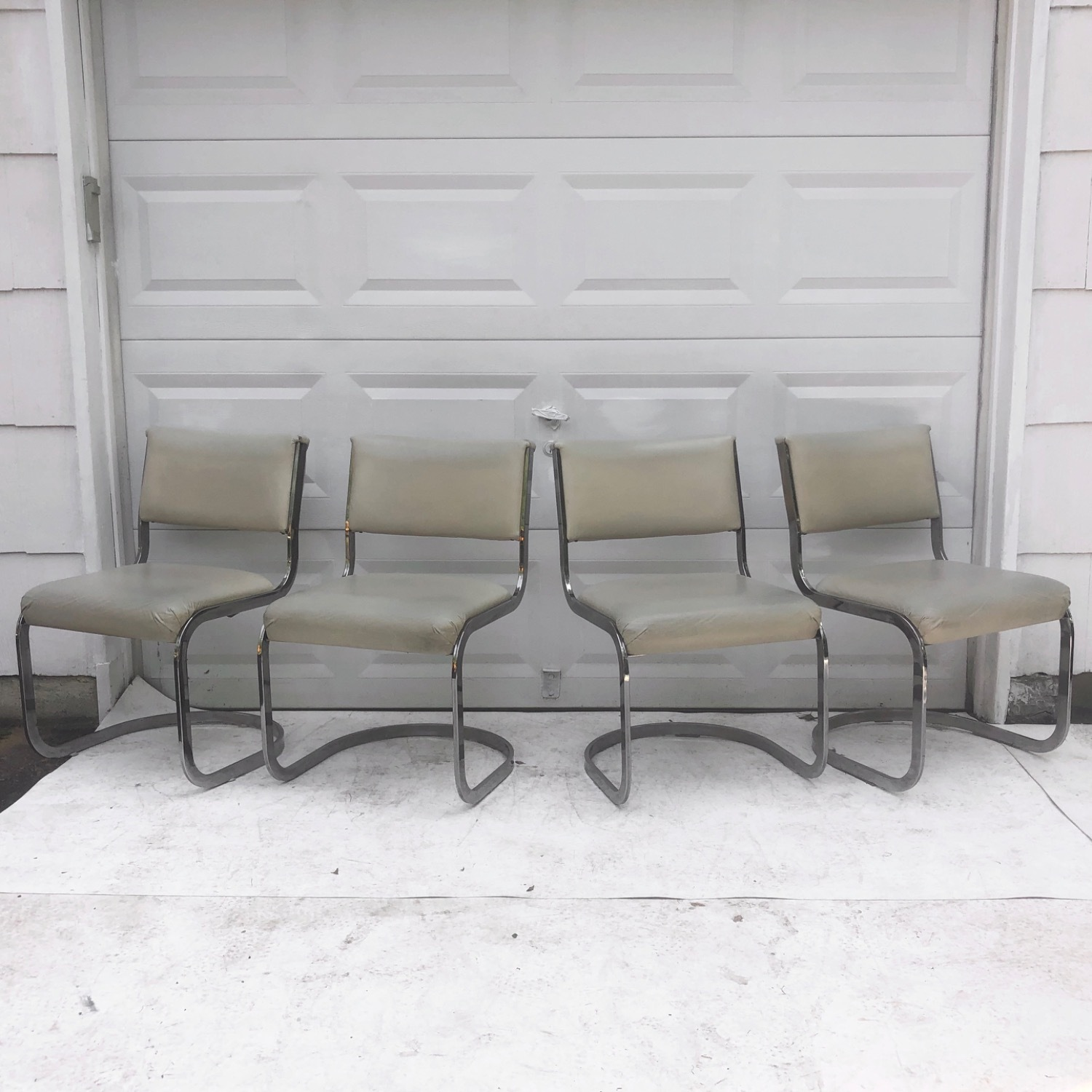 Vintage Modern Dining Chairs Set of 8 - image-2