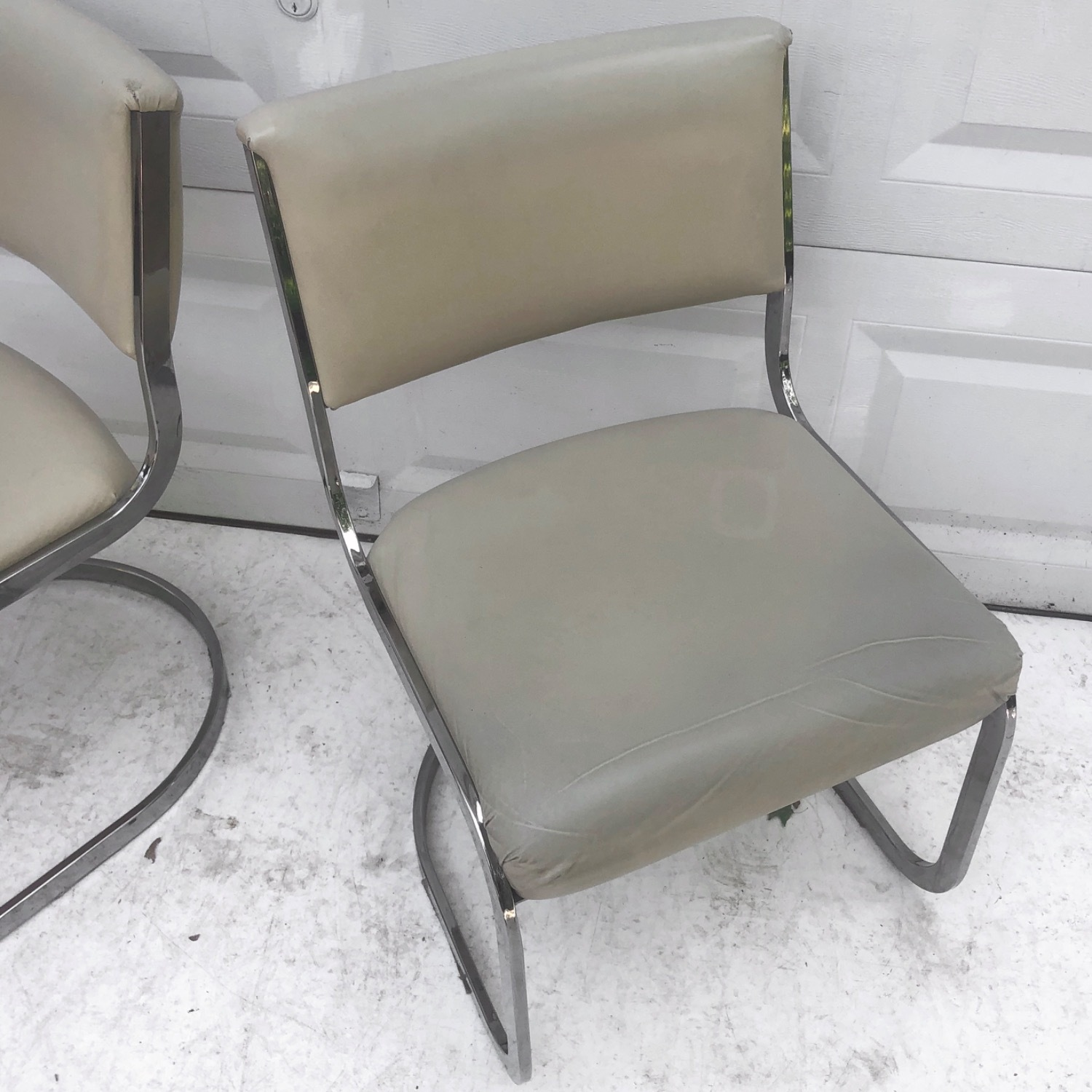 Vintage Modern Dining Chairs Set of 8 - image-11