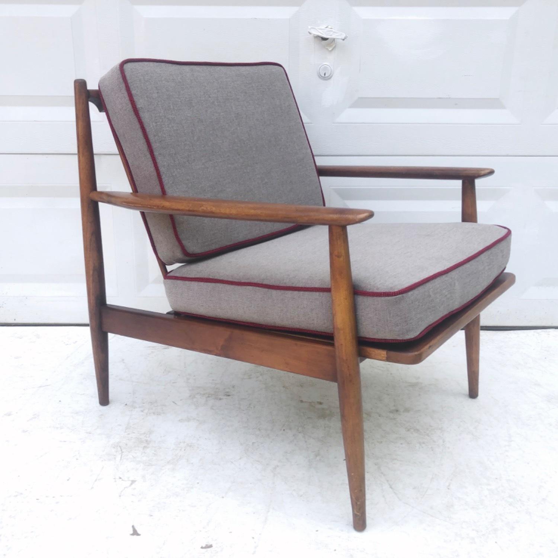 Mid Century Modern Lounge Chair - image-8