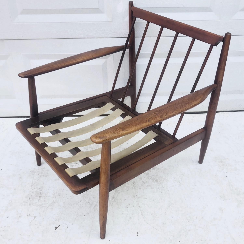 Mid Century Modern Lounge Chair - image-6