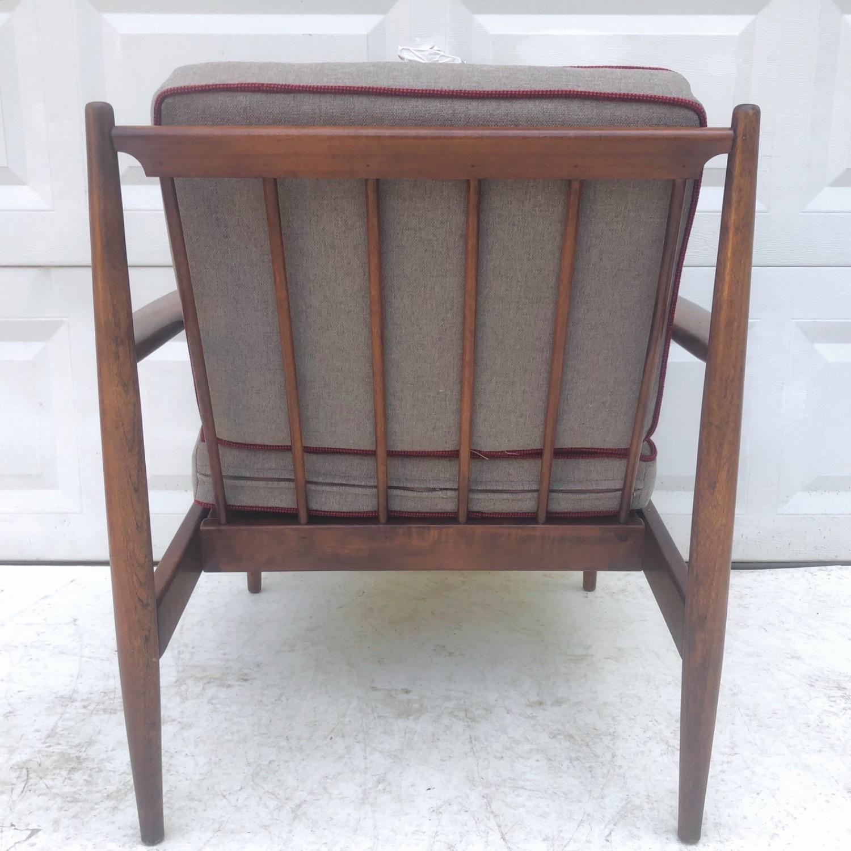 Mid Century Modern Lounge Chair - image-4