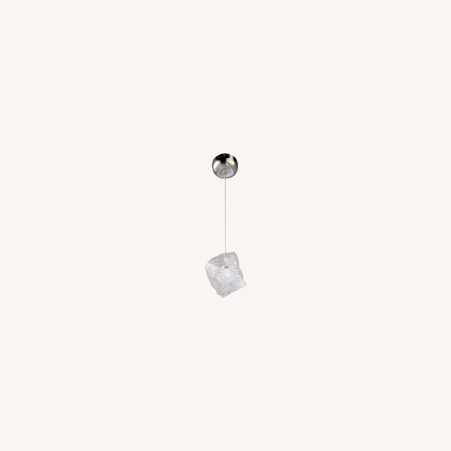 Lamp In Clear Glass Ice Pendant Design - image-7