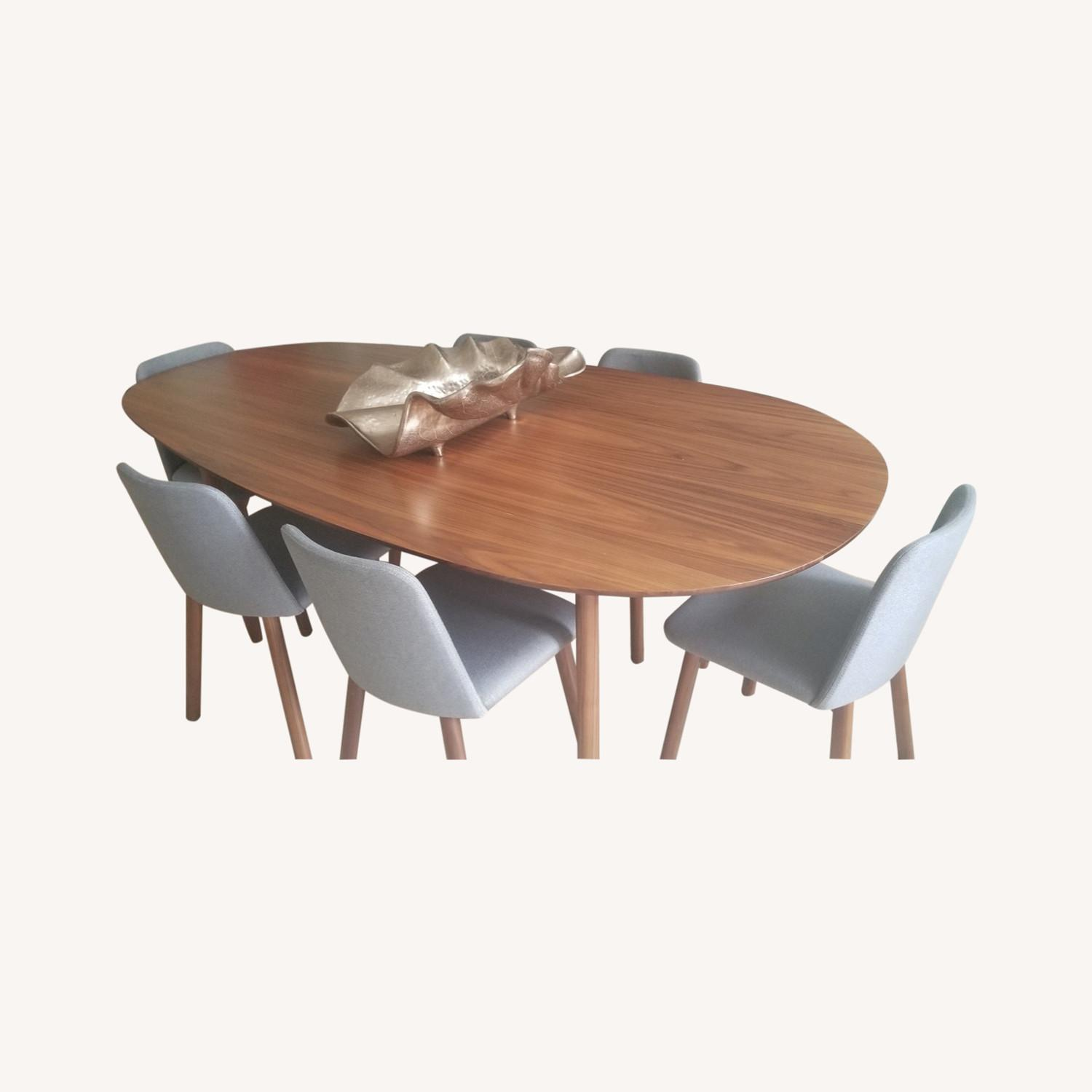Blue Dot Dining Set with 6 Chairs - image-0