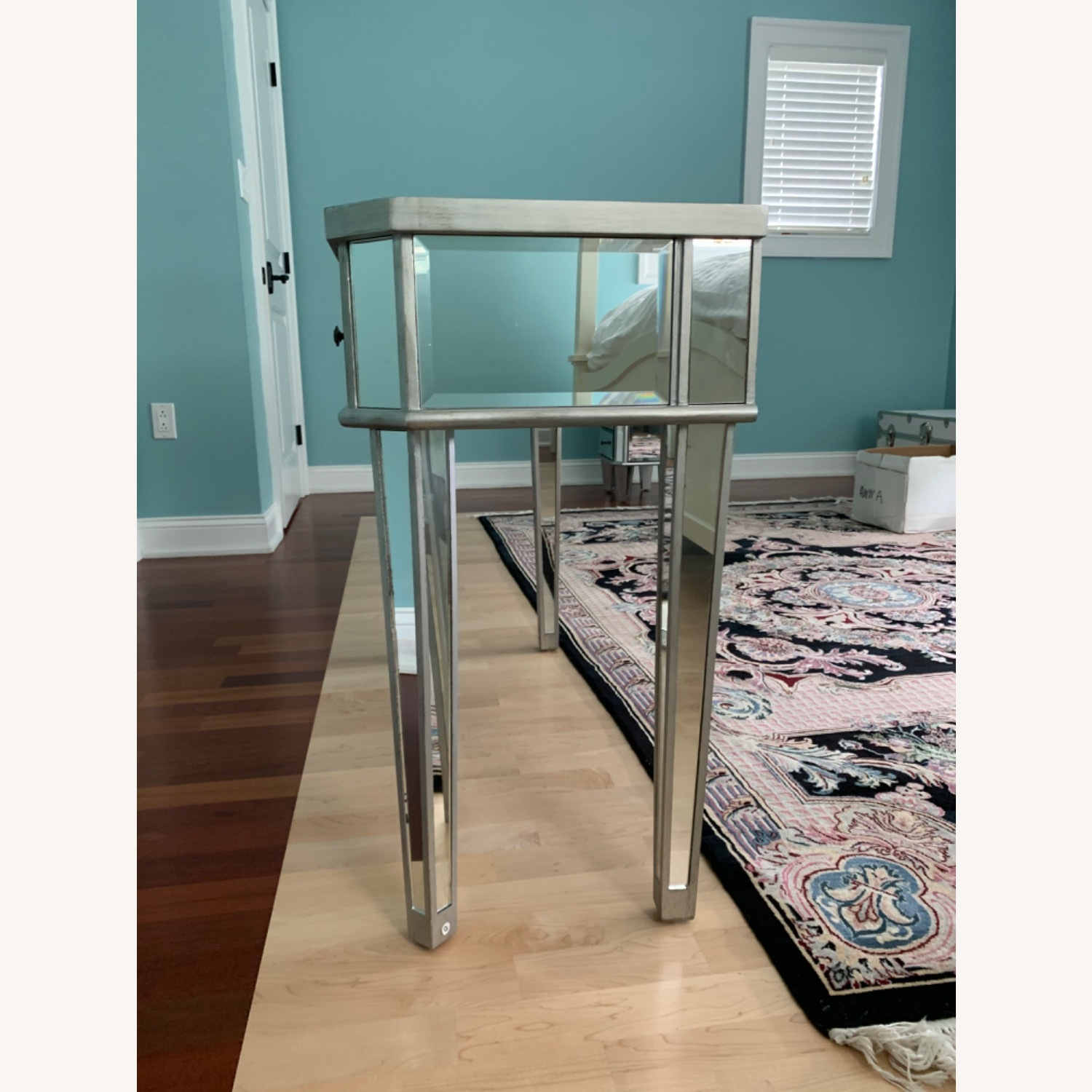 Powell Furniture Mirrored Table - image-2