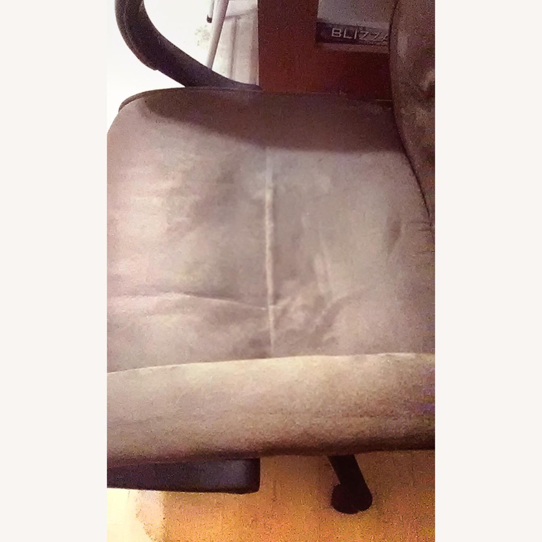 Comfortable Velour Desk Chair - image-6