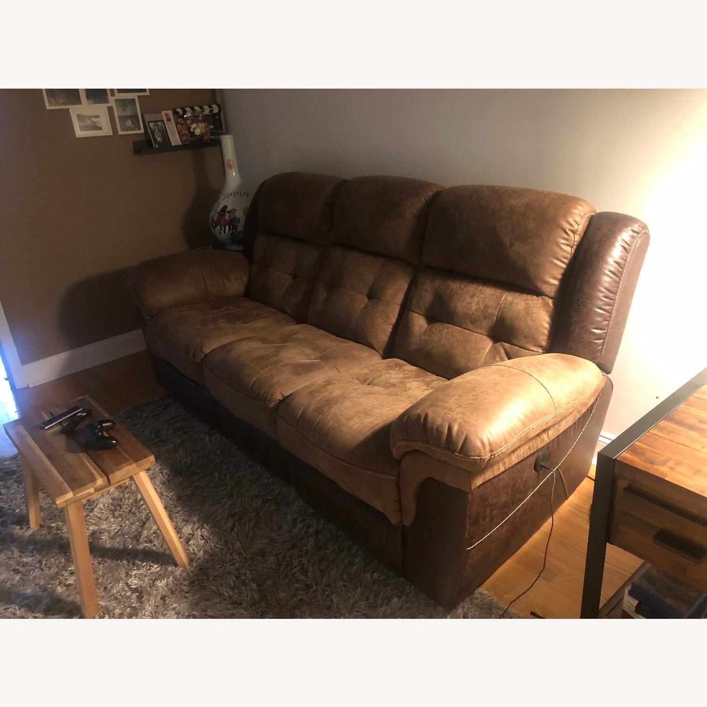 Bob's Discount Furniture Reclining 3 Seater Sofa - image-1