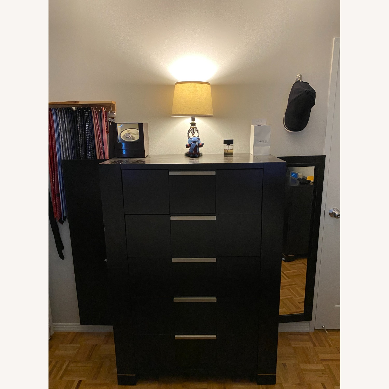5-Drawer Dresser with Side Shelves and Mirror Door - image-4
