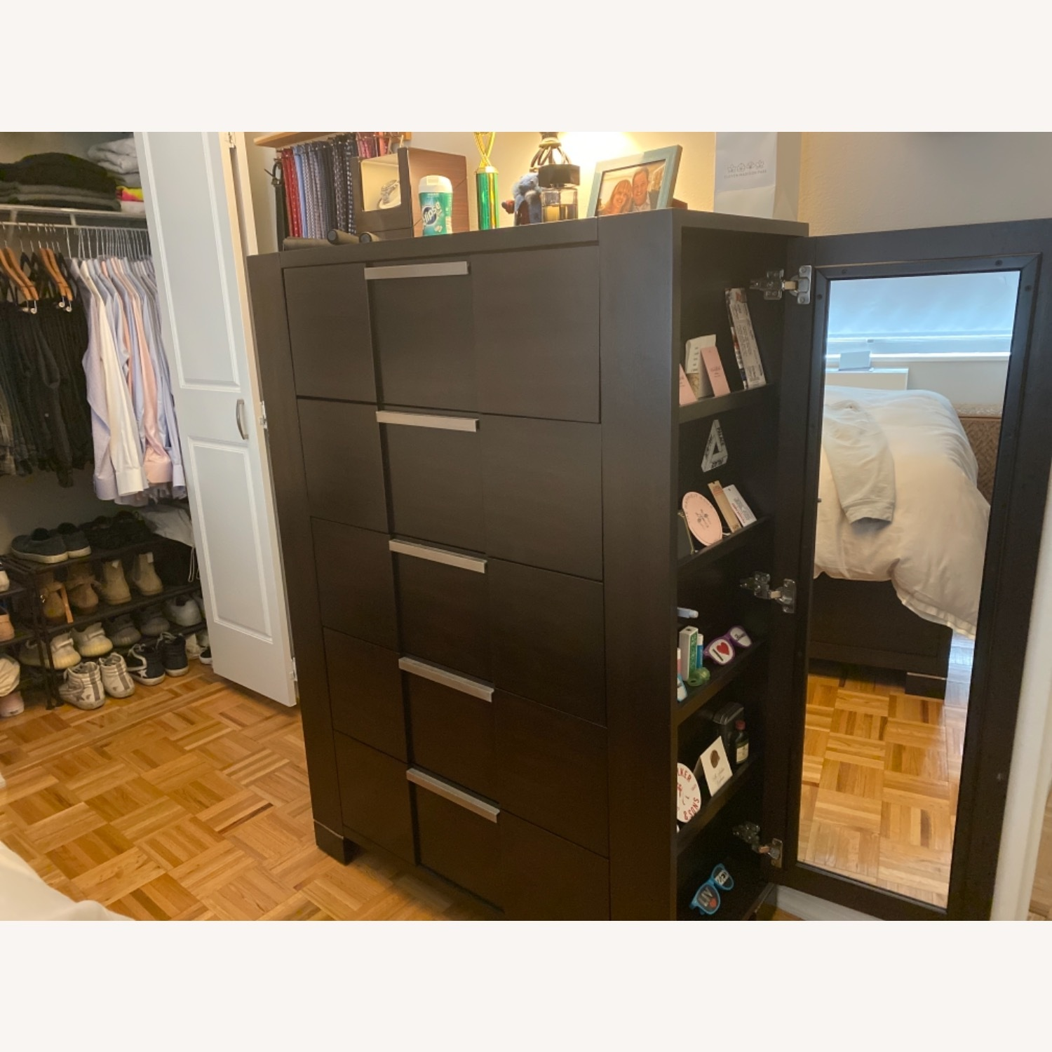 5-Drawer Dresser with Side Shelves and Mirror Door - image-2