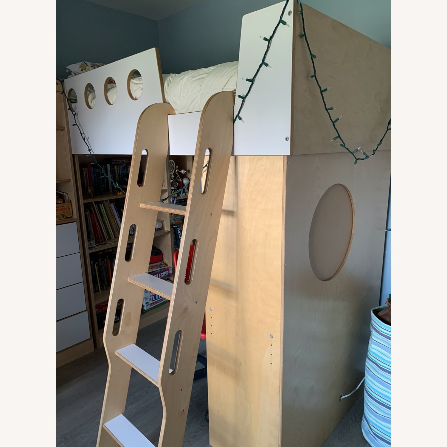 CasaKids Custom Loft Bed - image-9