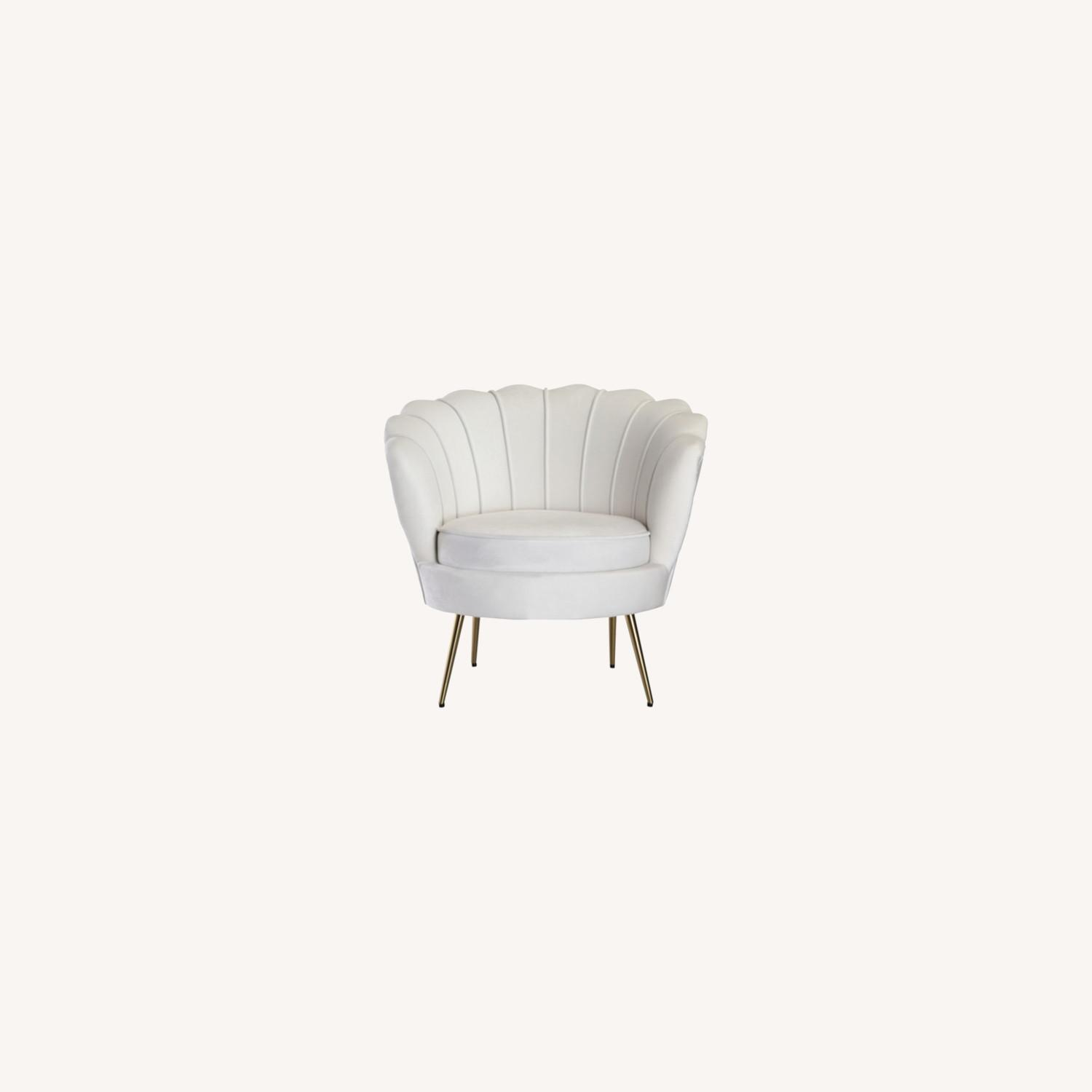 Modern Bridal Chair In White Suede Fabric - image-4