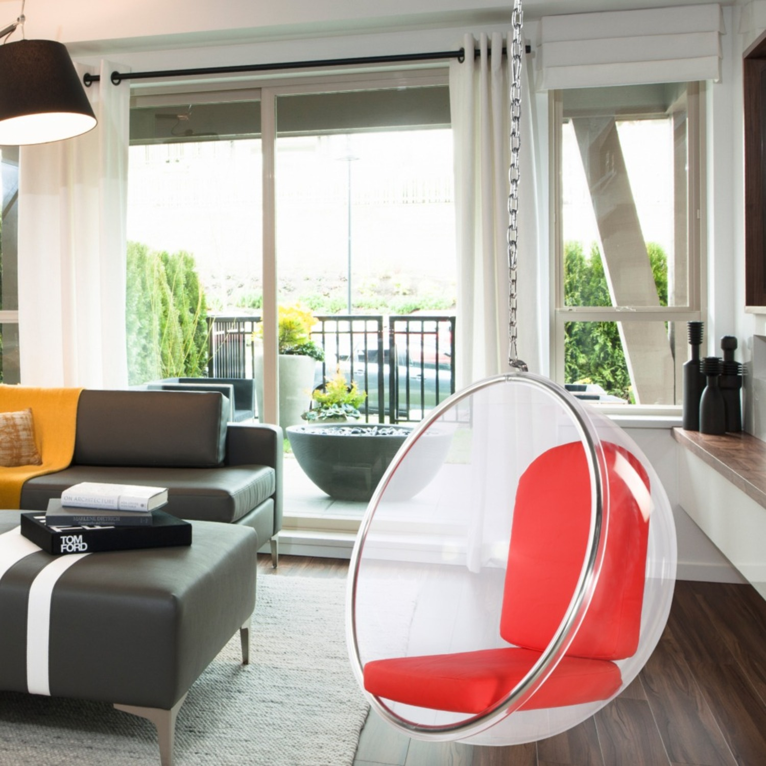 Hanging Chair In Clear Acrylic & Red PU Leather - image-6