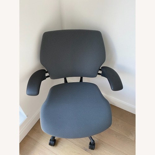 Used Humanscale Freedom Task Chair for sale on AptDeco