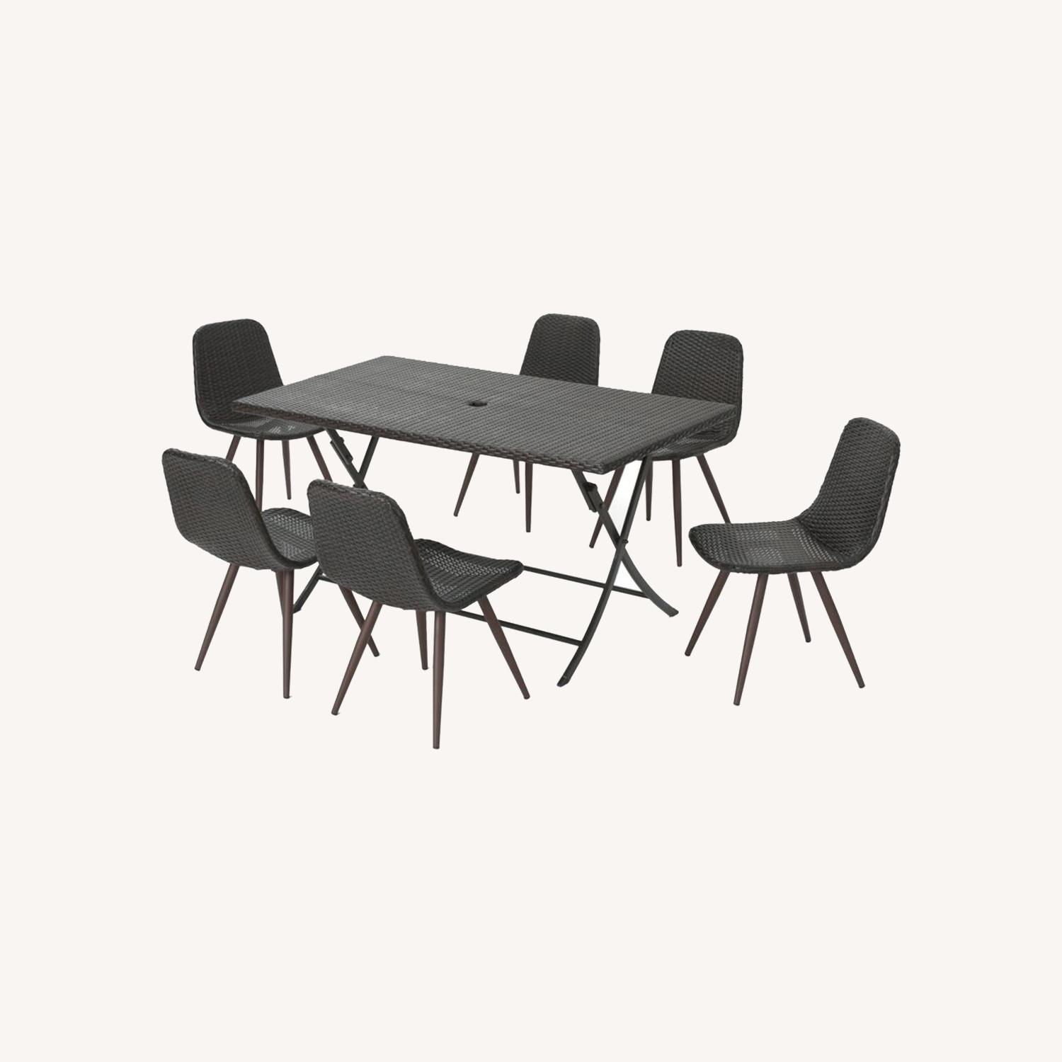 Outdoor Wicker Table and 6 Chairs - image-0