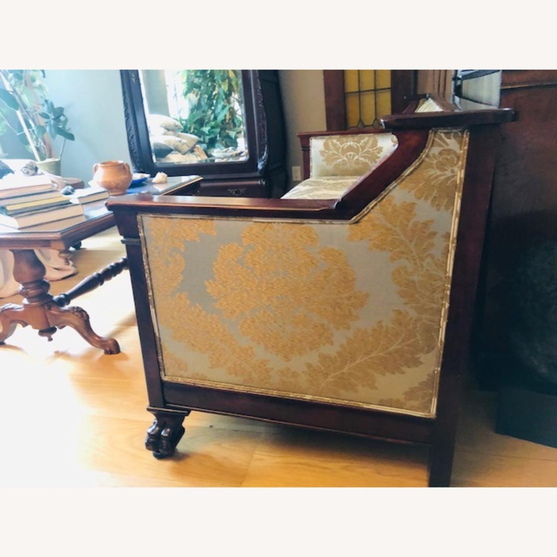 Elegant Antique Victorian Couch - image-3