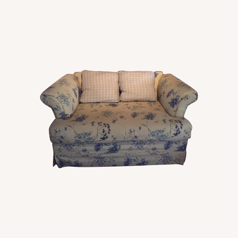 Comfy Sofa/Loveseat - image-0