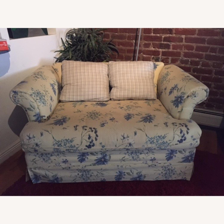 Comfy Sofa/Loveseat - image-1