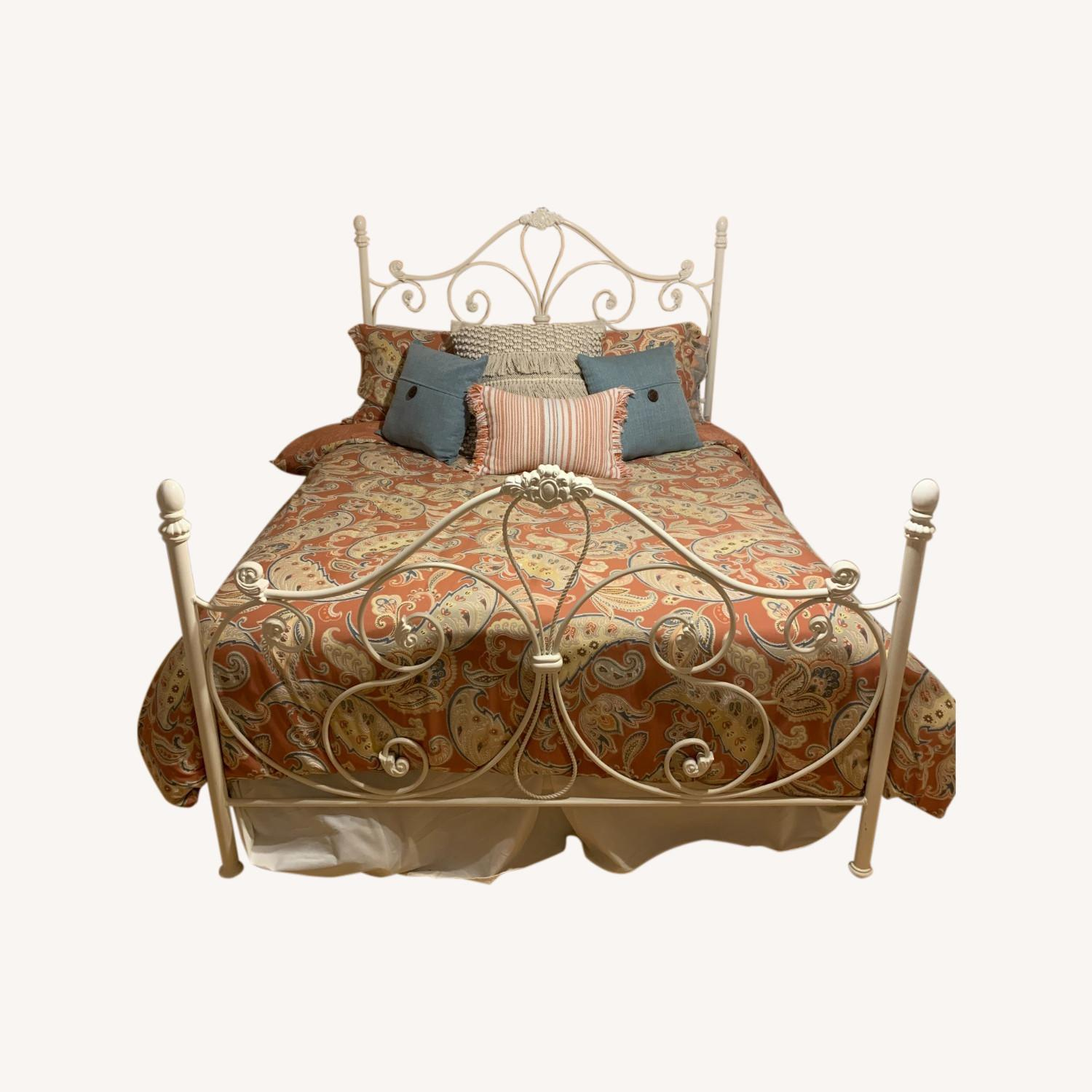 Metal Head and Footboard for Queen Bed - image-0