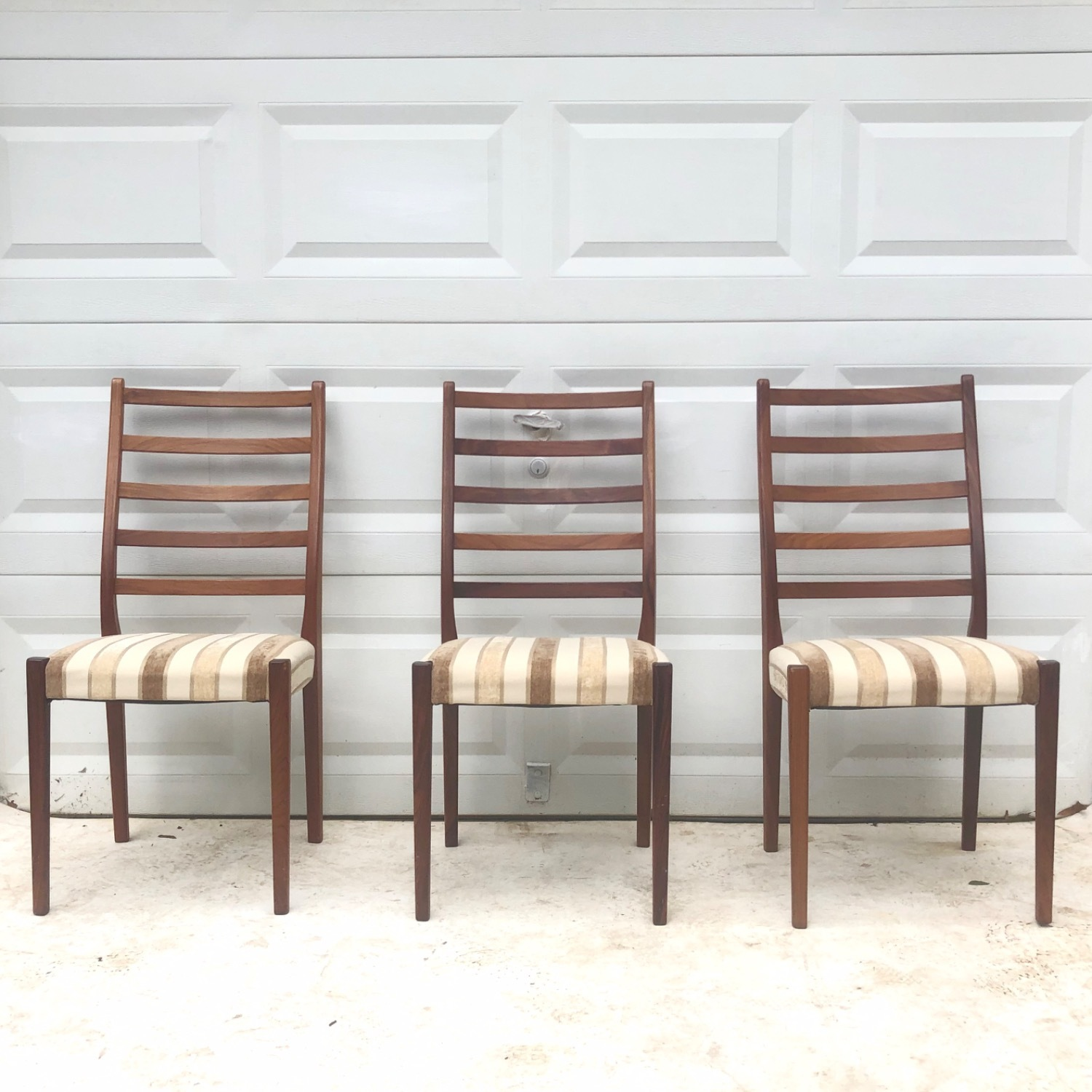 Mid-Century Rosewood Dining Chairs Set of 6 - image-4