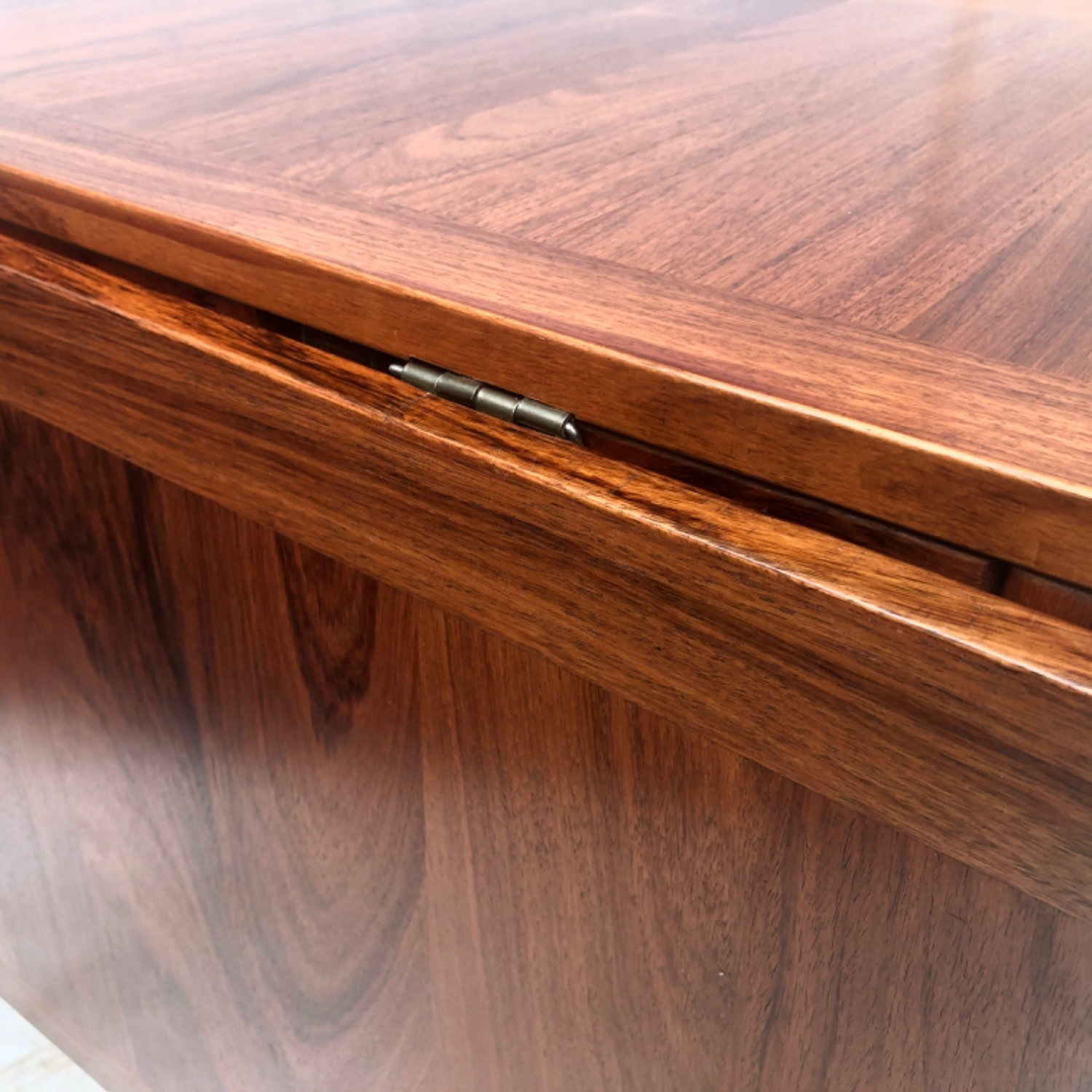 Mid-Century Rosewood Dining Table With Leaves - image-16