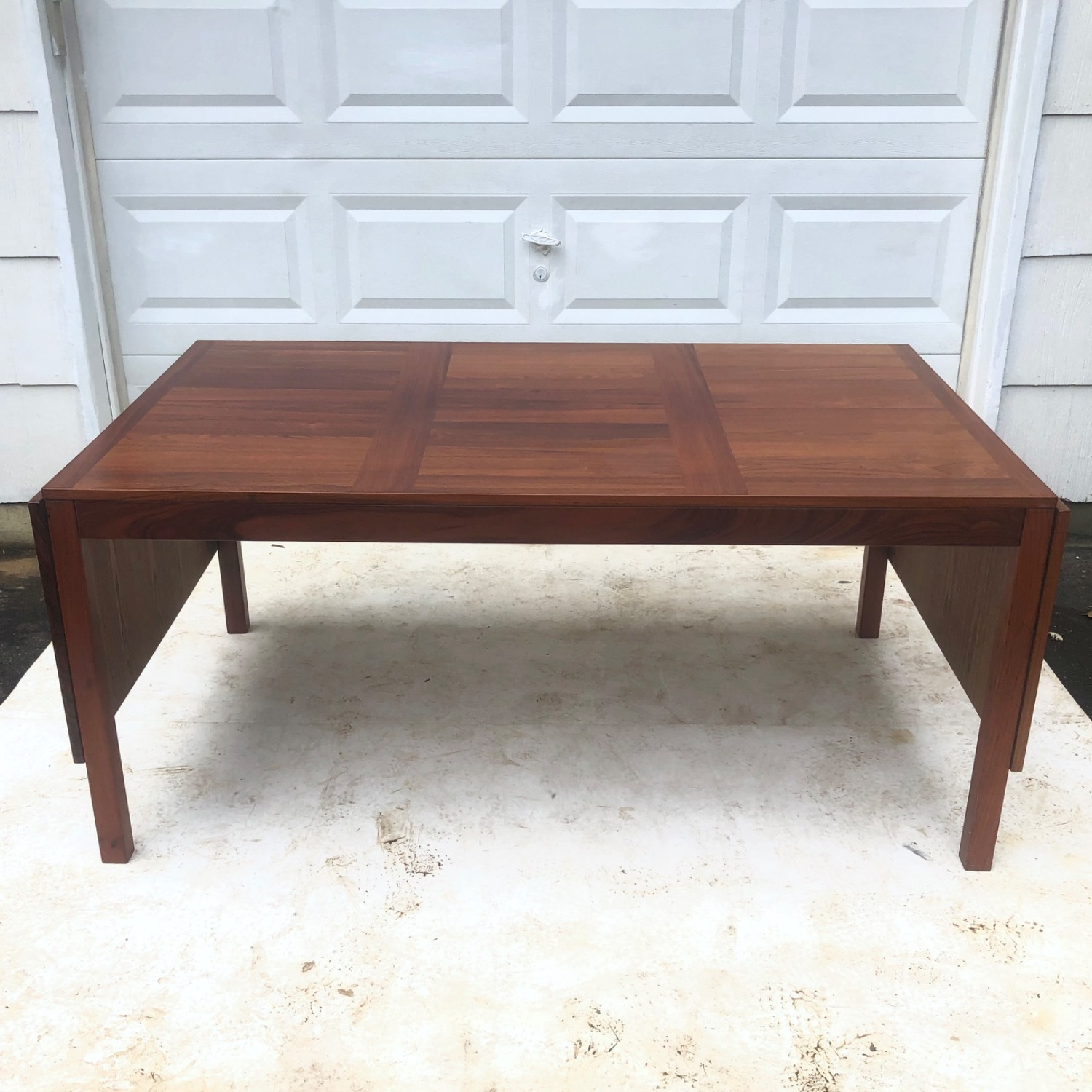 Mid-Century Rosewood Dining Table With Leaves - image-4