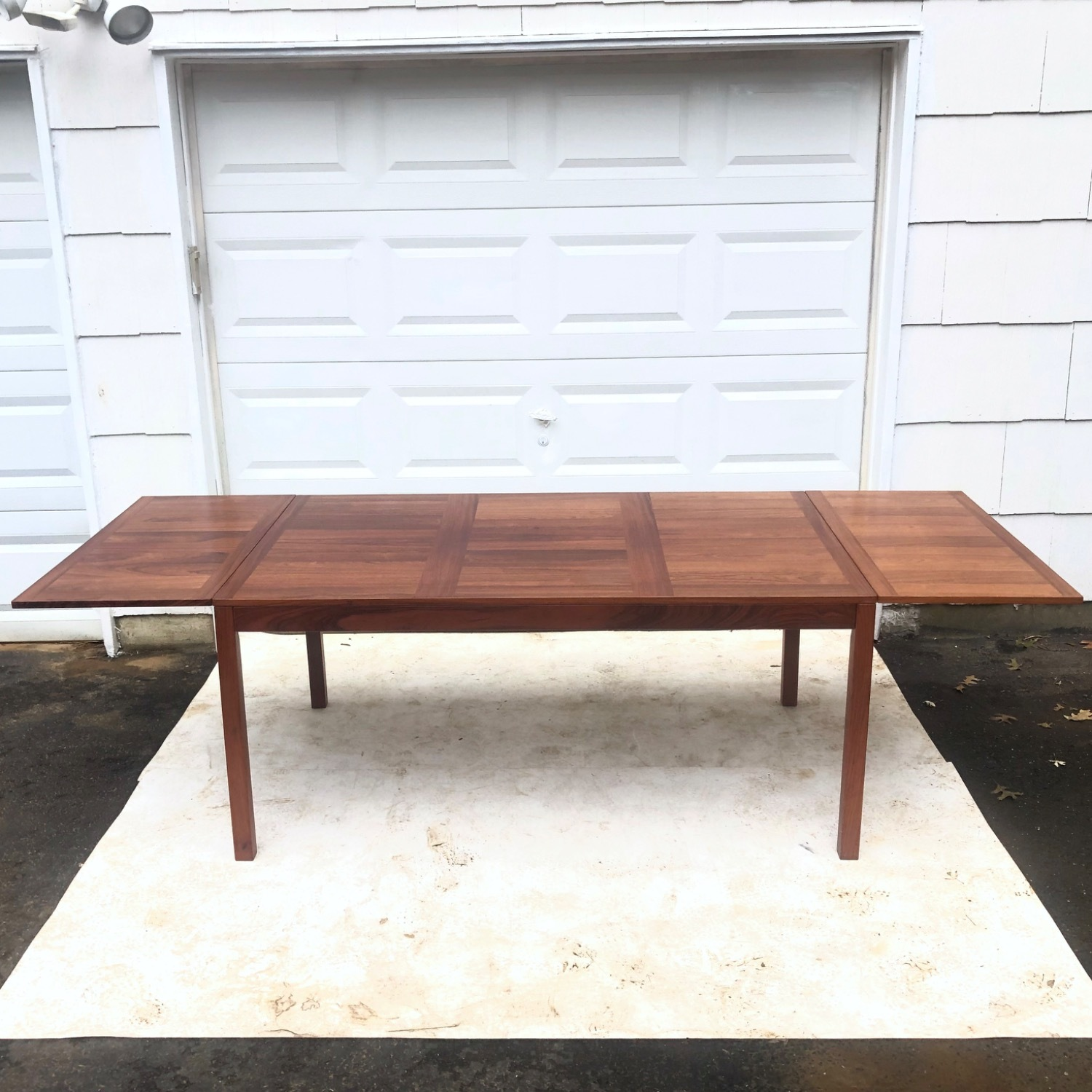 Mid-Century Rosewood Dining Table With Leaves - image-2