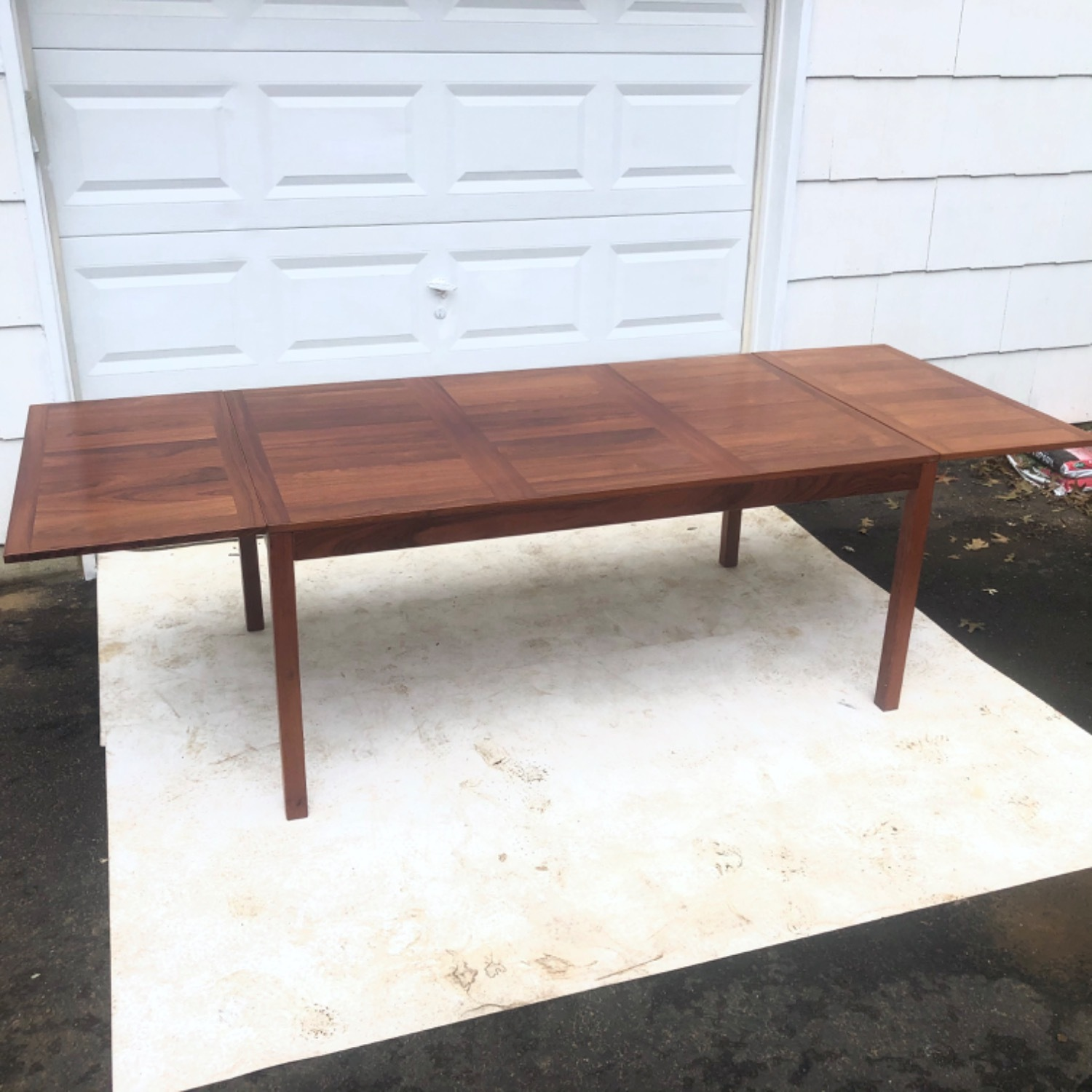 Mid-Century Rosewood Dining Table With Leaves - image-6
