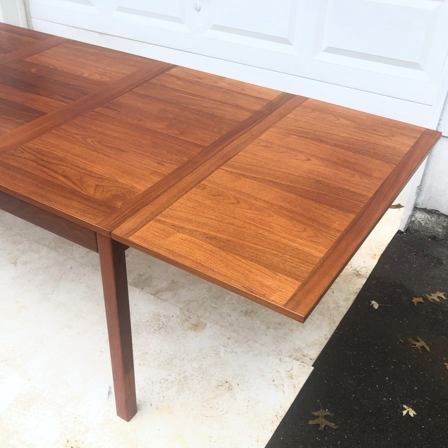 Mid-Century Rosewood Dining Table With Leaves - image-8