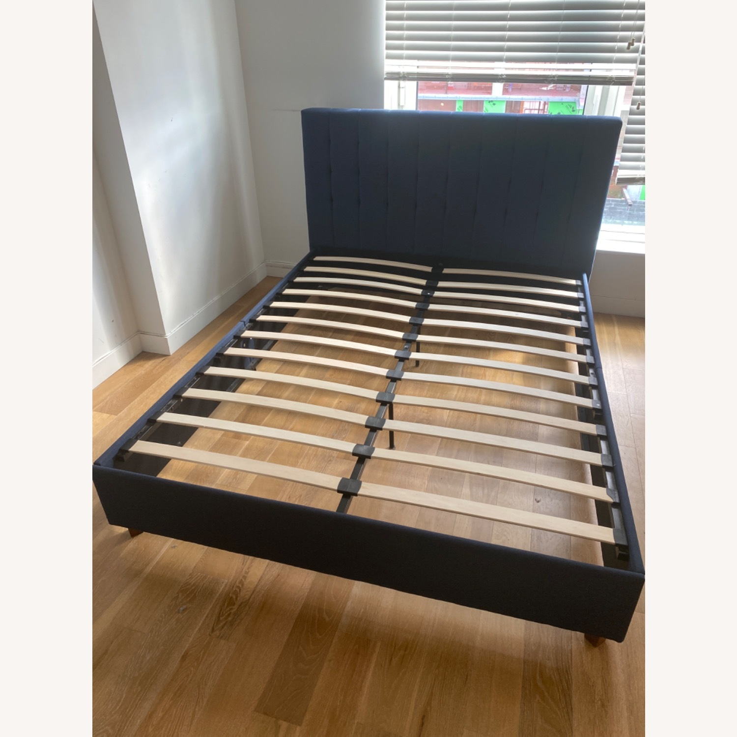 Queen Size Bed - image-6